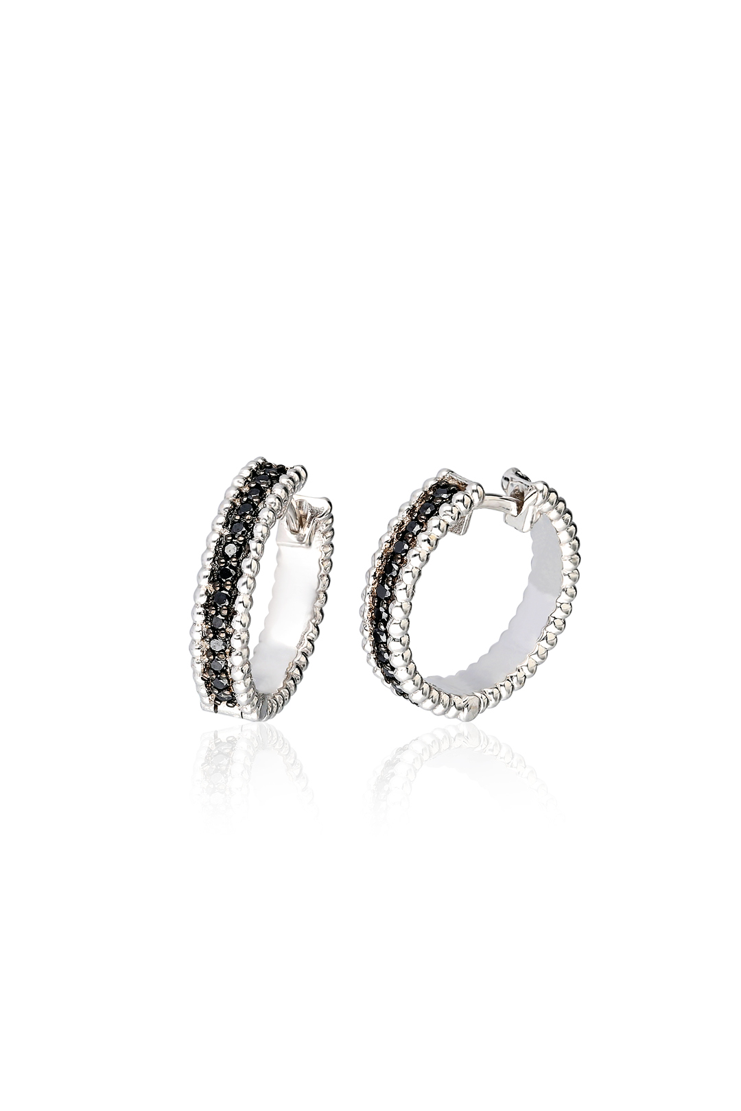 HOOP BLACK DIAMOND EARRING