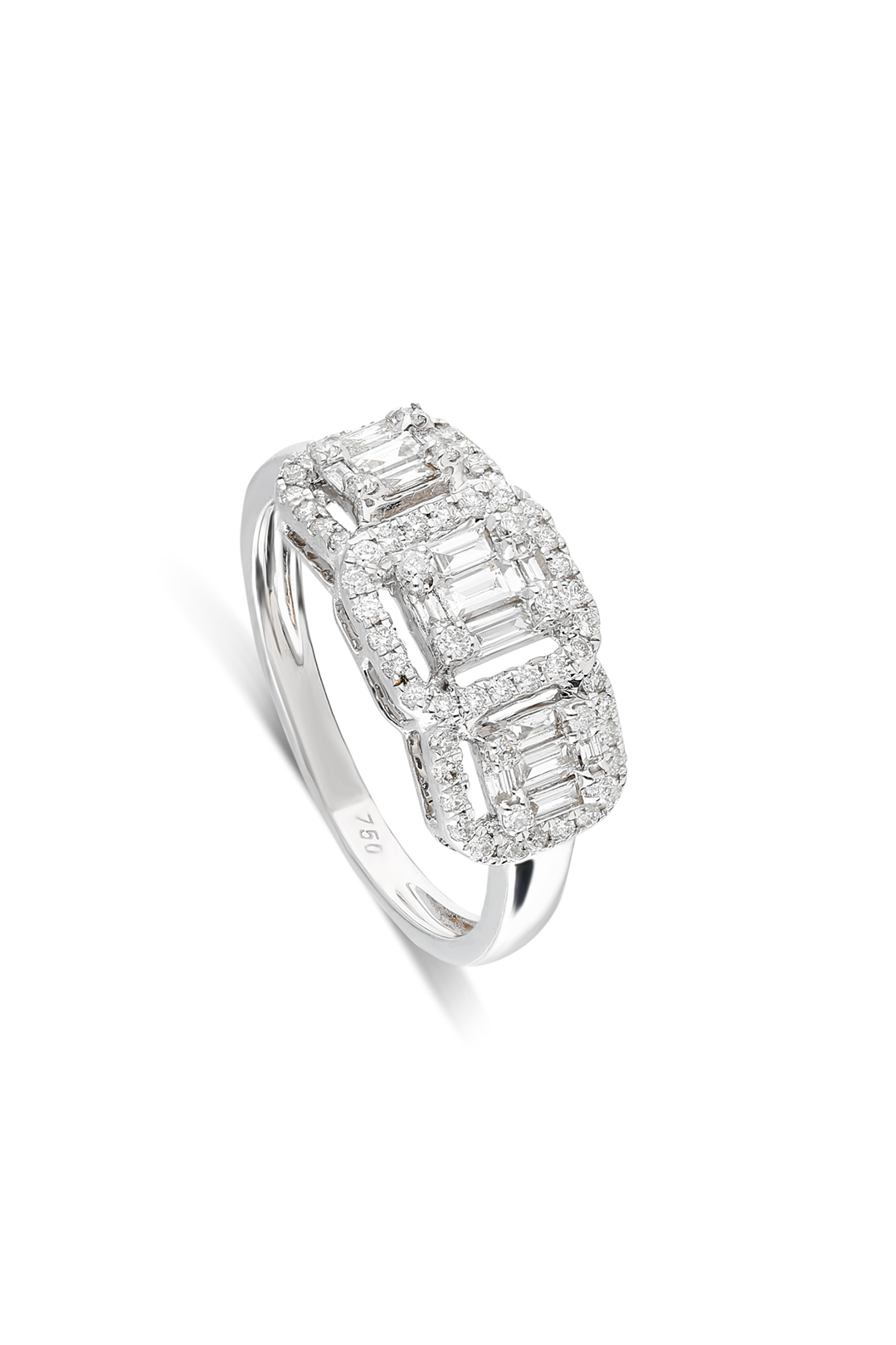 THREE BAGUETTES DIAMOND RING