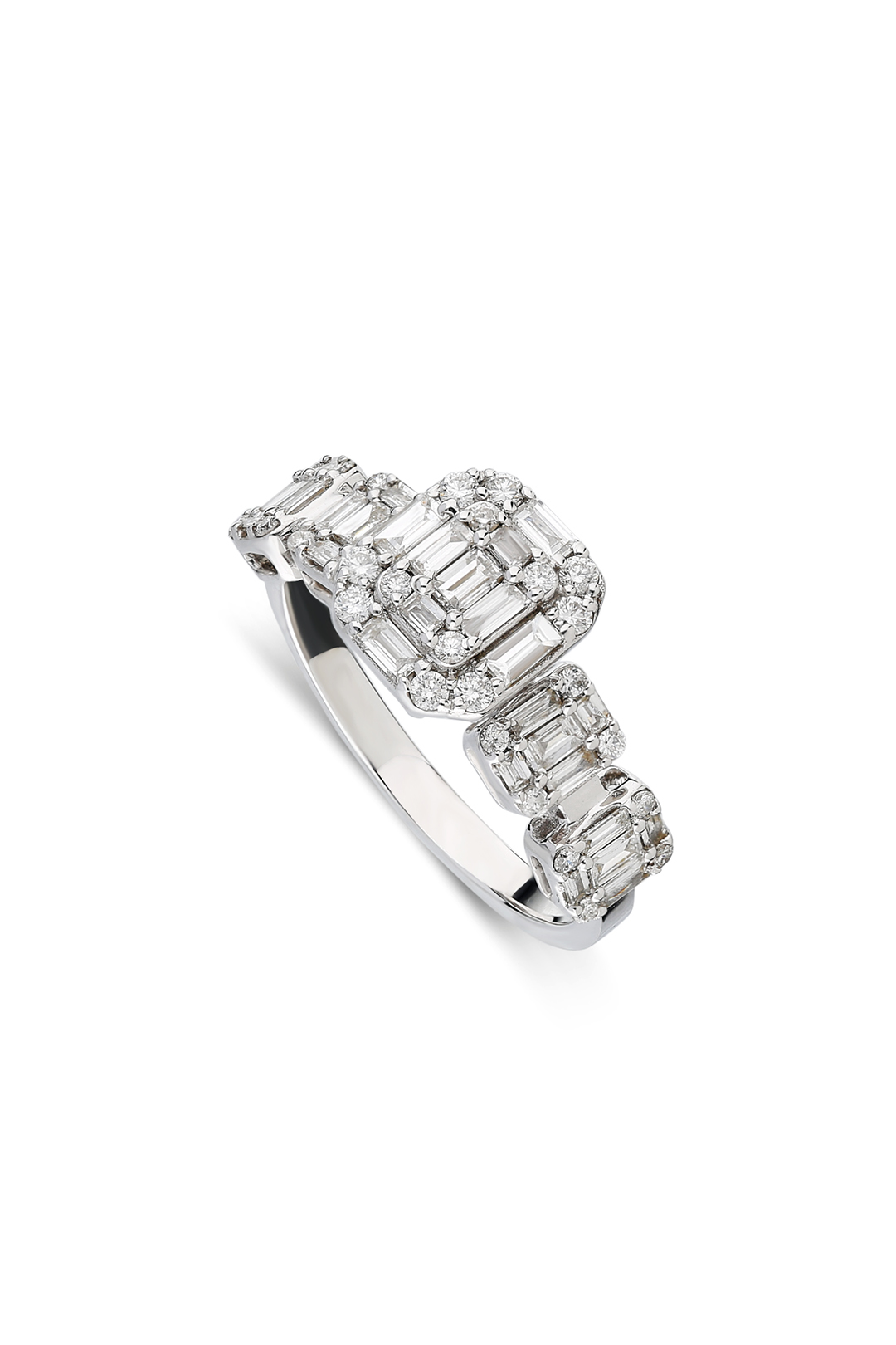 FIVE BAGUETTES DIAMOND RING