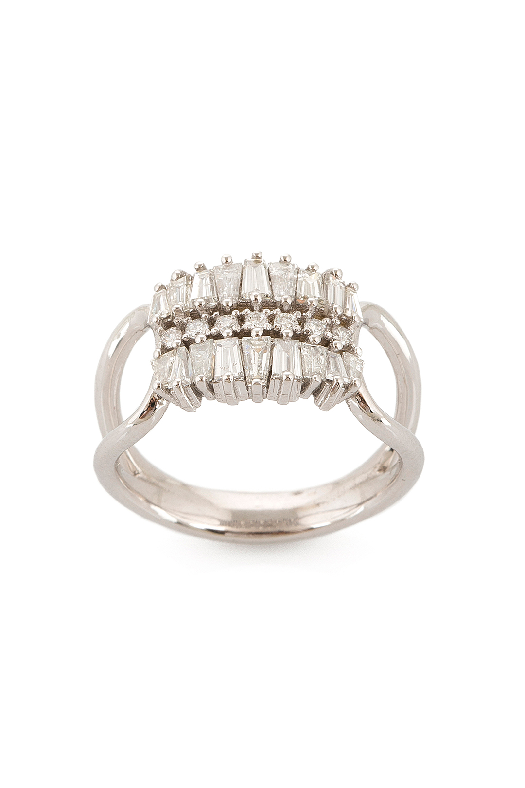 TRAPEZE DIAMOND RING